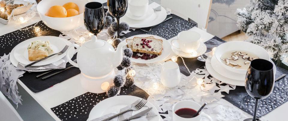 Srebrne dekoracje stolu