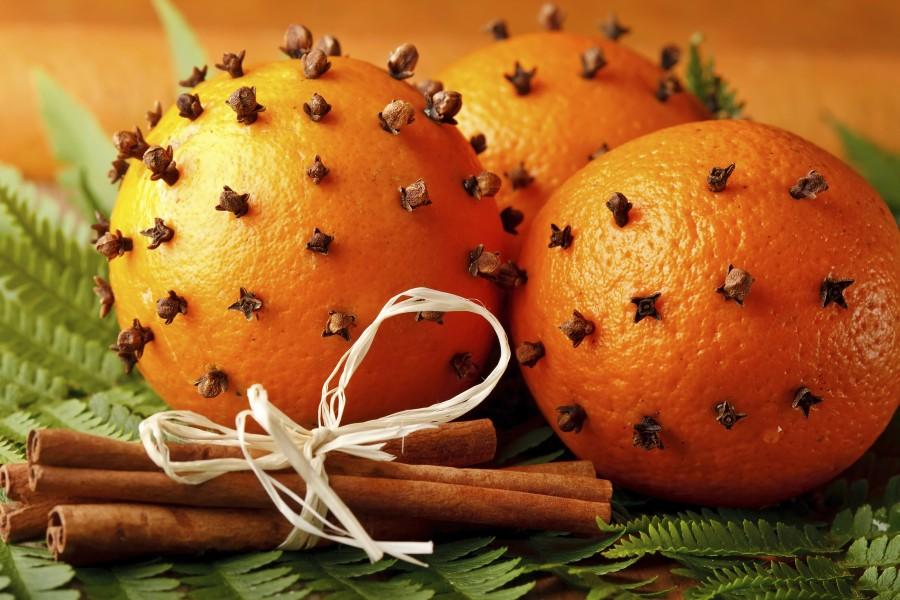 Pomarańcza z goździkami