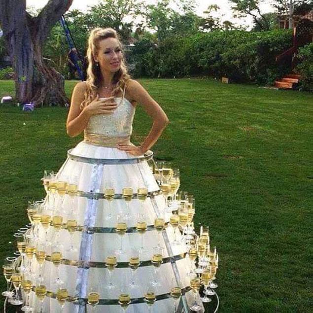 śmieszna suknia ślubna