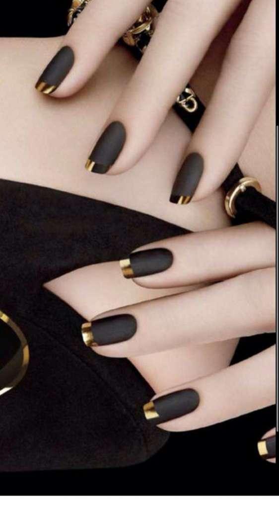 trendy manicure 2020