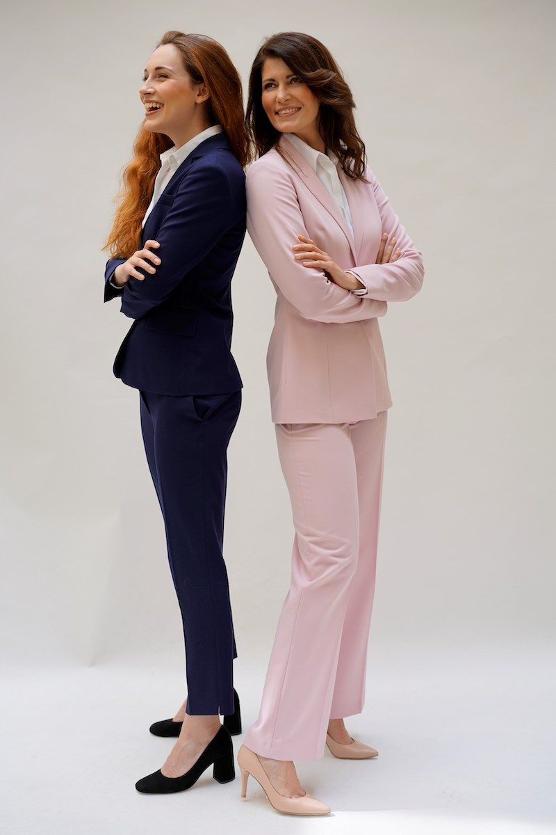 pastelowy garnitur damski