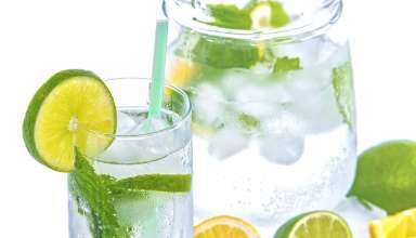 picie wody w trakcie diety